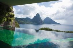 piscinas_de_hotel_cuando_lo_de_menos_es_nadar_959246700_1200x800